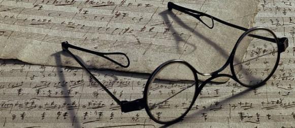 Franz-Schubert-eyeglasses-581x252